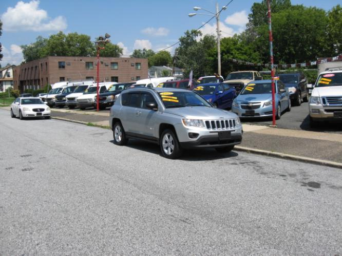 2012 Silver /Gray Jeep Compass Sport 4WD (1C4NJDBB0CD) with an 2.4L L4 DOHC 16V engine, Automatic transmission, located at 577 Chester Pike, Prospect Park, PA, 19076, (610) 237-1015, 39.886154, -75.302338 - Photo #1