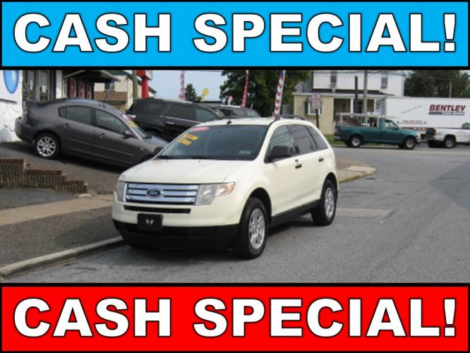 2008 White /Gray Ford Edge SE FWD (2FMDK36CX8B) with an 3.5L V6 DOHC 24V engine, 6-Speed Automatic Overdrive transmission, located at 577 Chester Pike, Prospect Park, PA, 19076, (610) 237-1015, 39.886154, -75.302338 - Photo #0