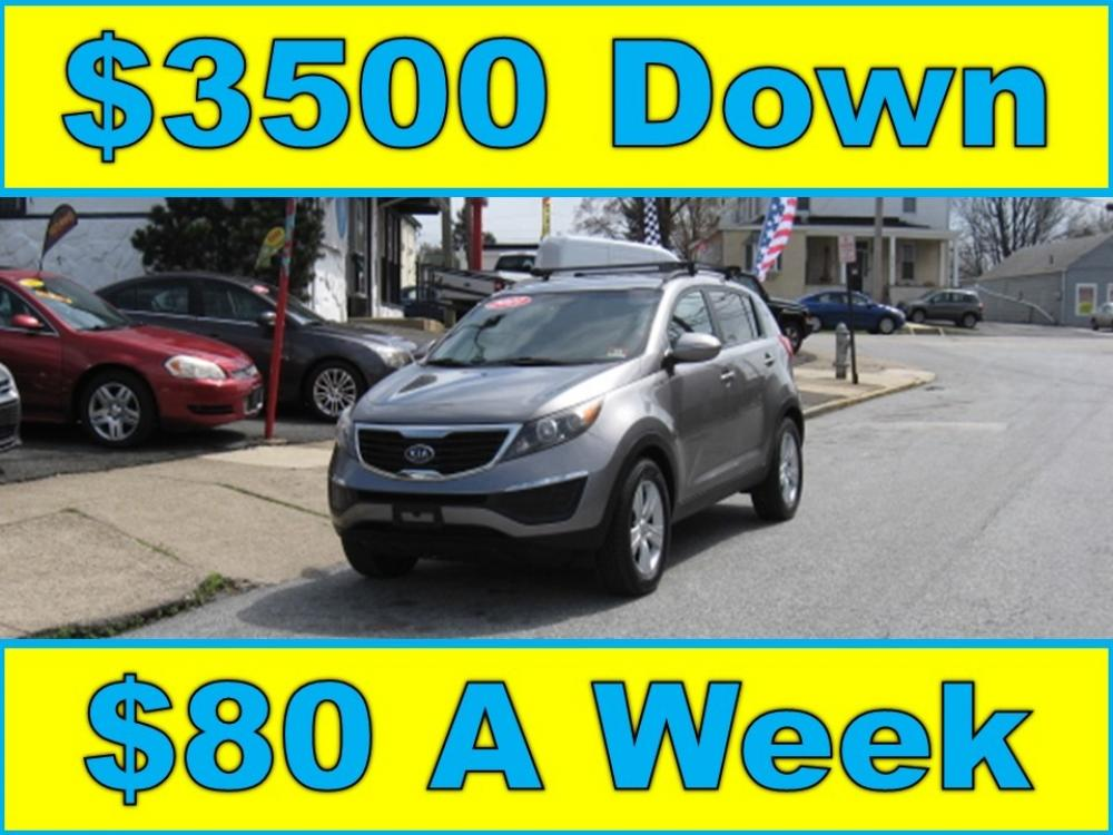 2011 /Gray Kia Sportage LX (KNDPB3A21B7) with an 2.4L V6 DOHC 24V engine, Automatic transmission, located at 577 Chester Pike, Prospect Park, PA, 19076, (610) 237-1015, 39.886154, -75.302338 - Photo #1