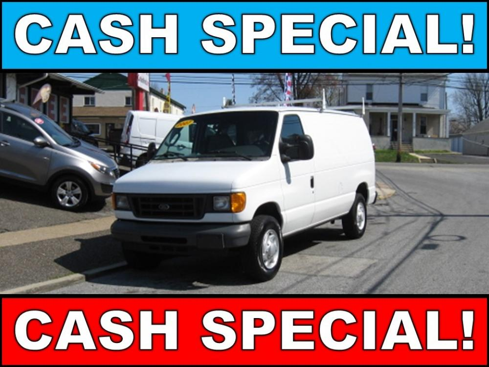 2007 White /Gray Ford E-Series Van E-350 Super Duty (1FTSE34S27D) with an 6.8L V10 SOHC 20V engine, Automatic transmission, located at 577 Chester Pike, Prospect Park, PA, 19076, (610) 237-1015, 39.886154, -75.302338 - Photo #0
